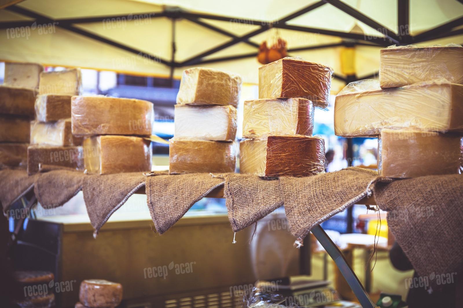 Pazarda satýlan peynirler zararlý mýdýr?