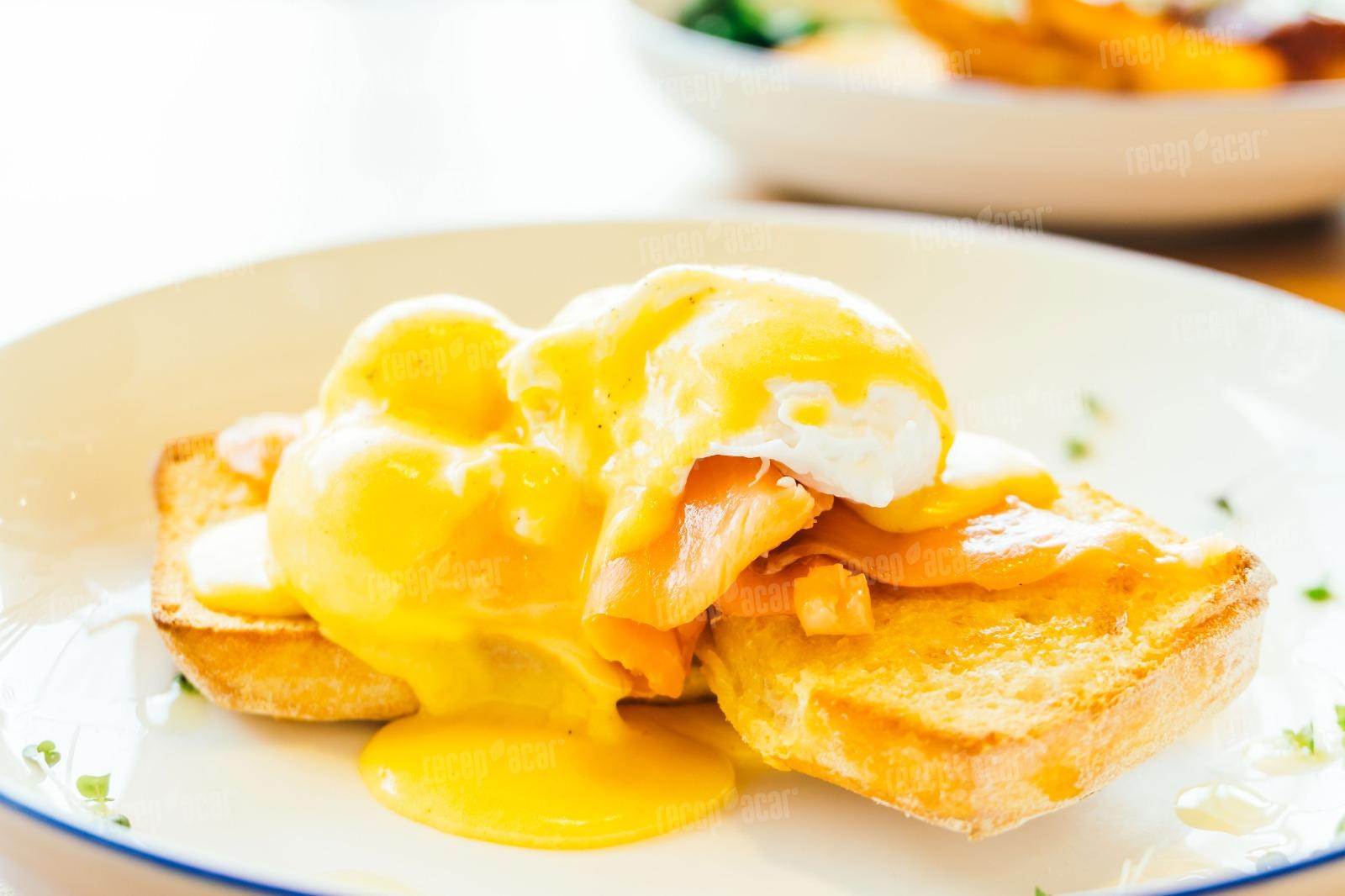 Tereyaðlý lezzet: Eggs Benedict tarifi