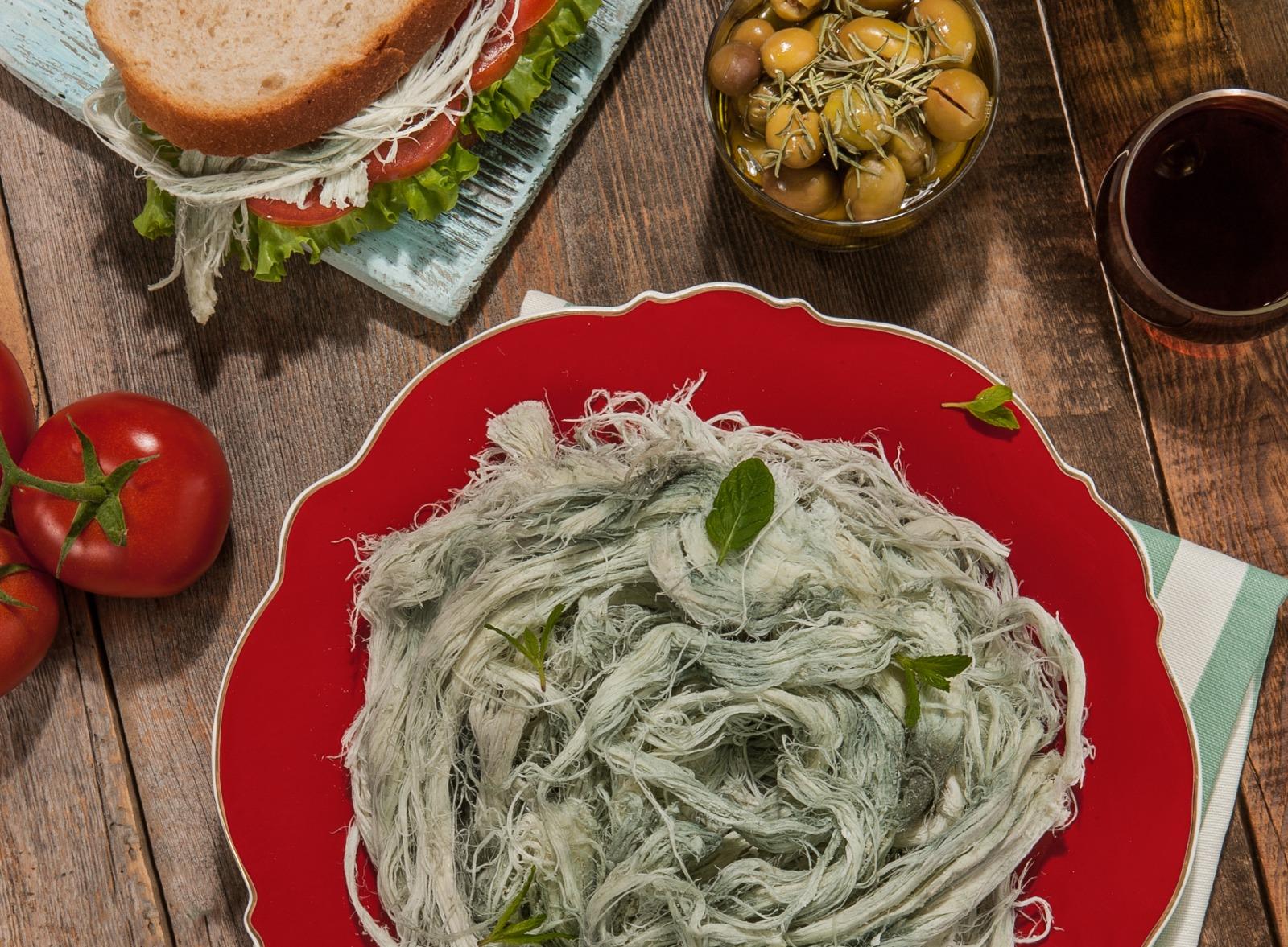Erzurum Küflü Çeçil Peyniri