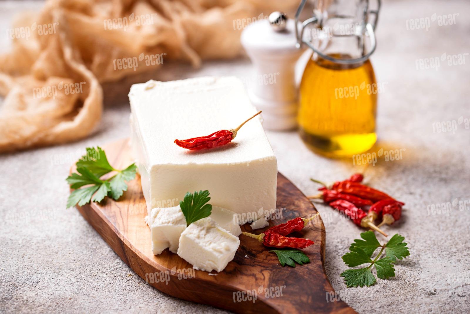Beyaz Peynir Nasıl Üretilir?
